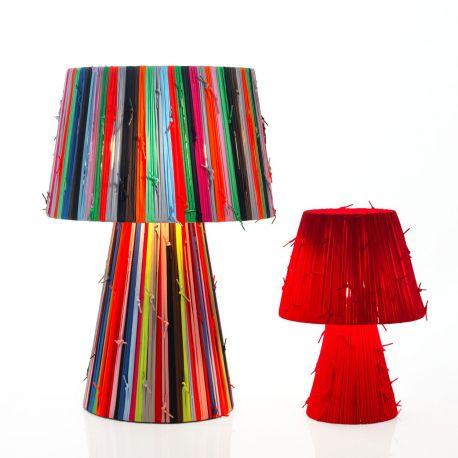 Shoelaces de Metalarte, lámpara con cordones multicolor