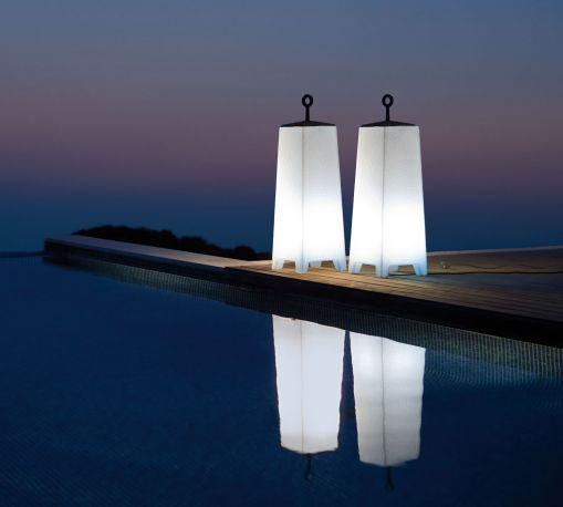 Lámpara Mora diseñada por Javier Mariscal para VONDOM