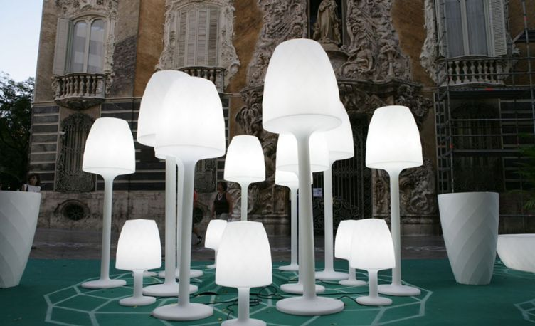 Lámpara de pie Vases de Vondom