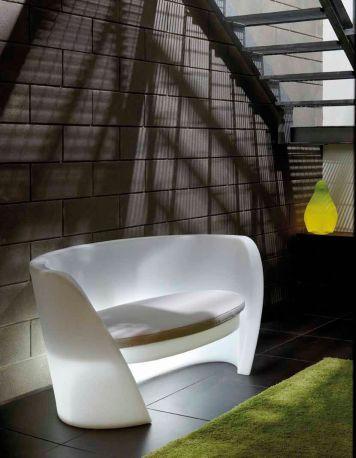 Sofá exterior Rap SLIDE Design en blanco con luz
