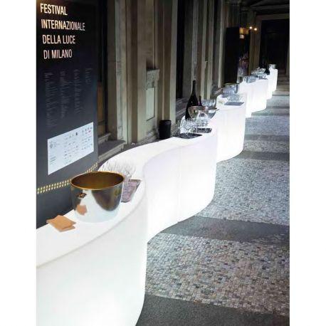 Barra de bar con luz Snack Bar Slide Design