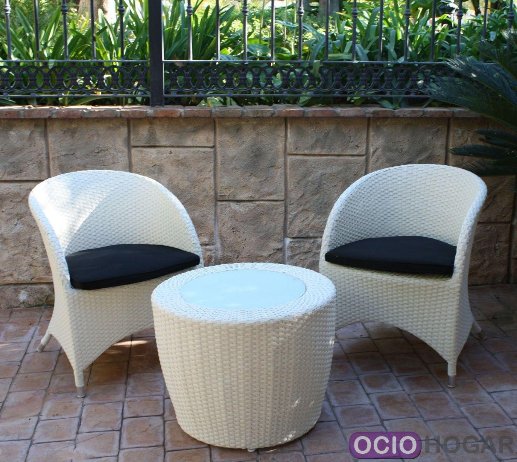 Set de sillones y mesa de exterior lotus white de majestic for Sillones de exterior