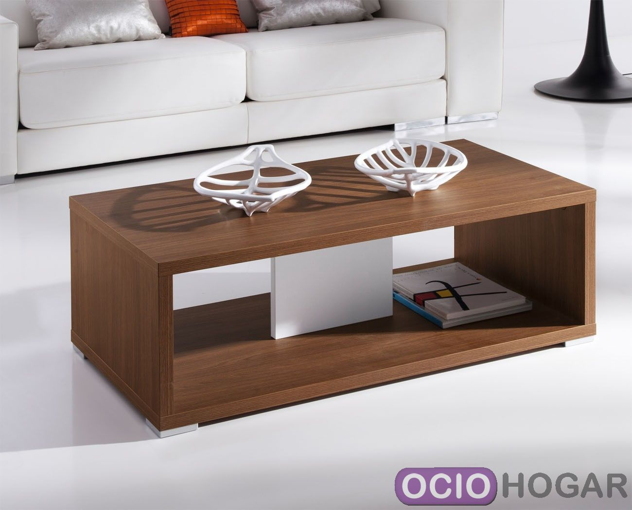 Mesa de centro moderna en madera de diseno vanguardista en - Mesas de madera modernas ...