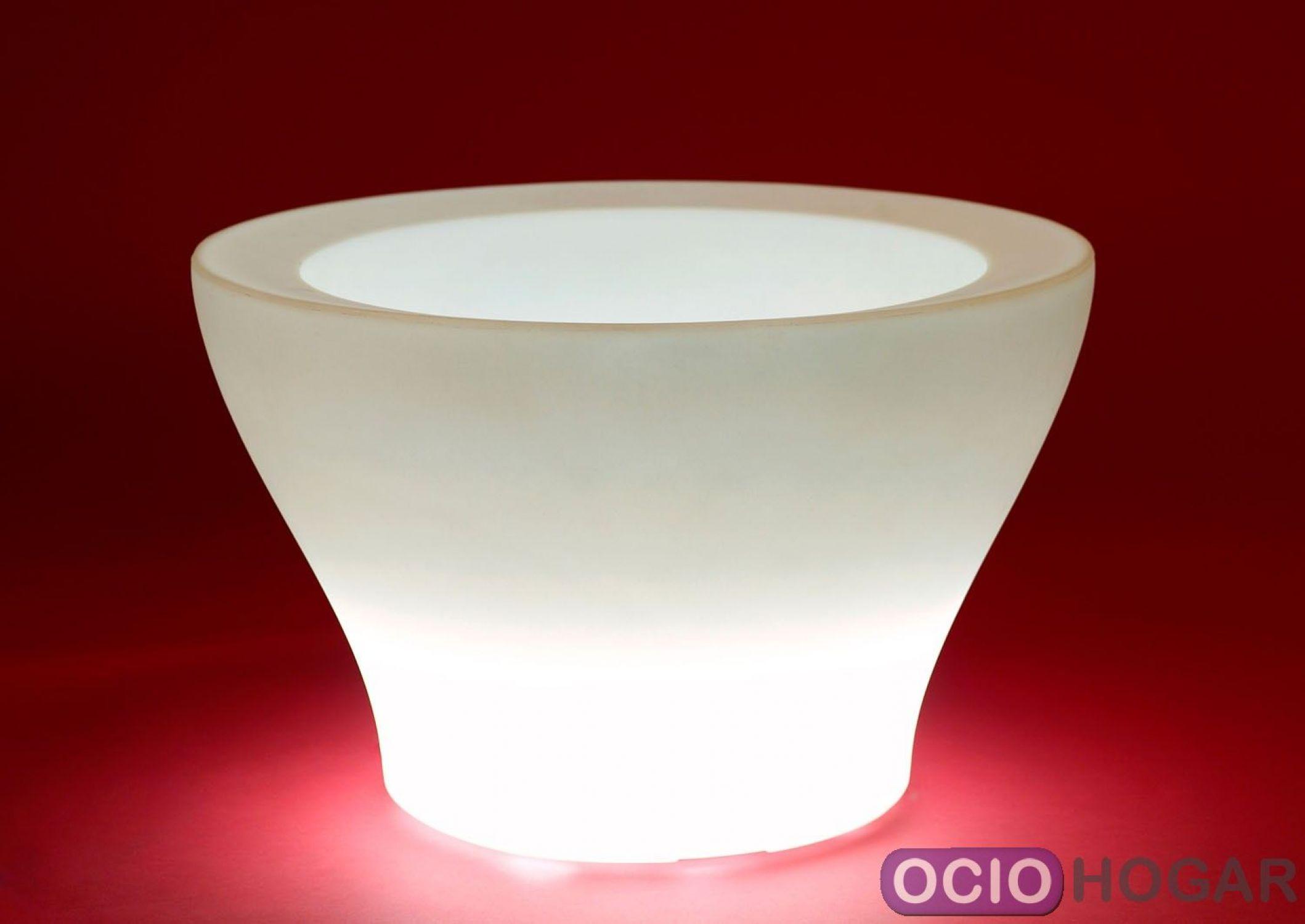 Macetero iluminado centro alto luz de vondom - Macetas con luz baratas ...