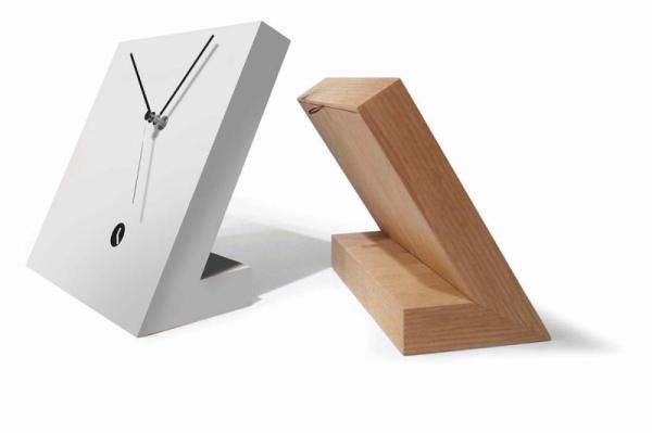 Reloj sobremesa Tothora
