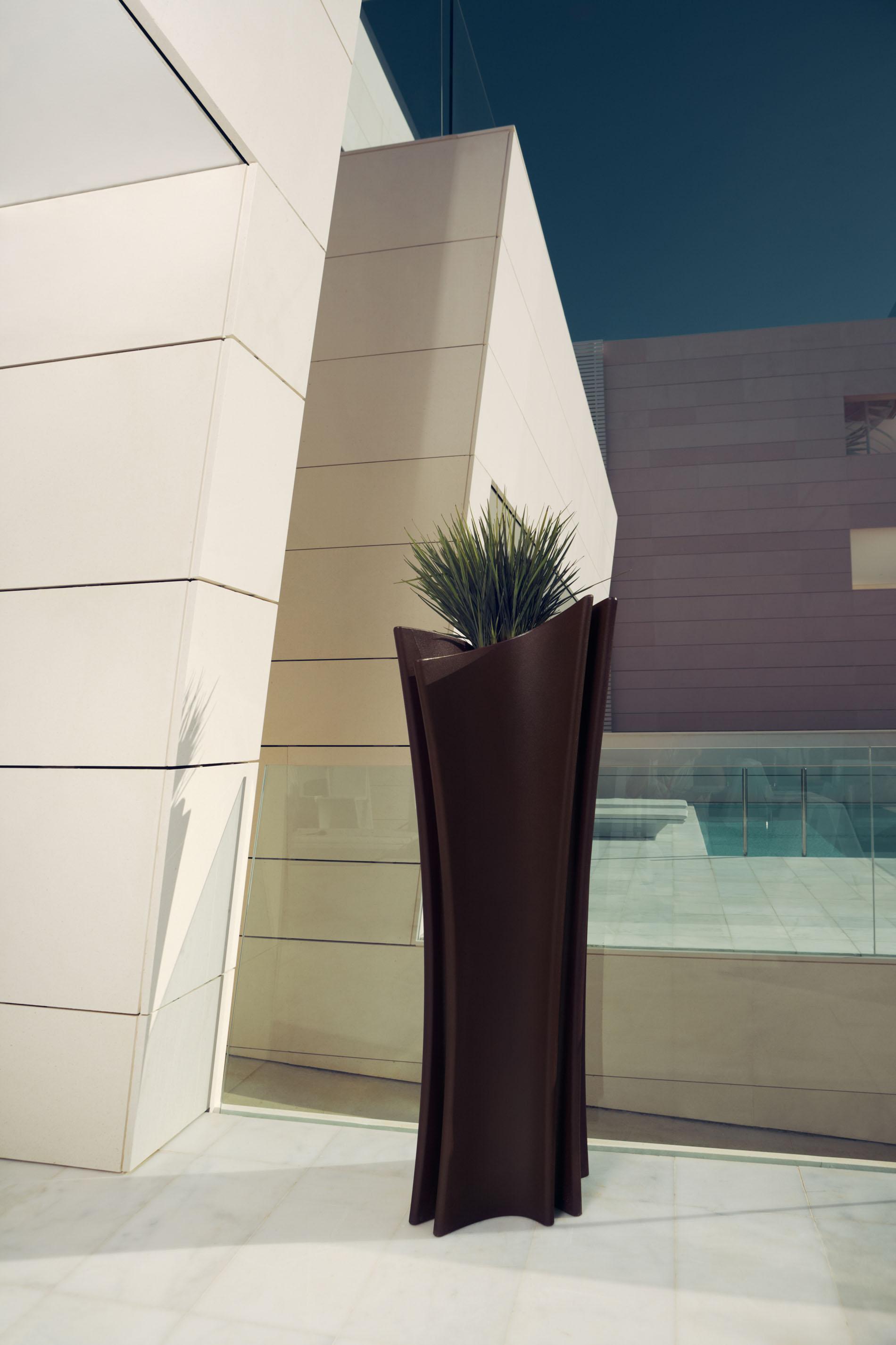 Vondom muebles espectaculares de dise o para exterior - Muebles llamazares ...