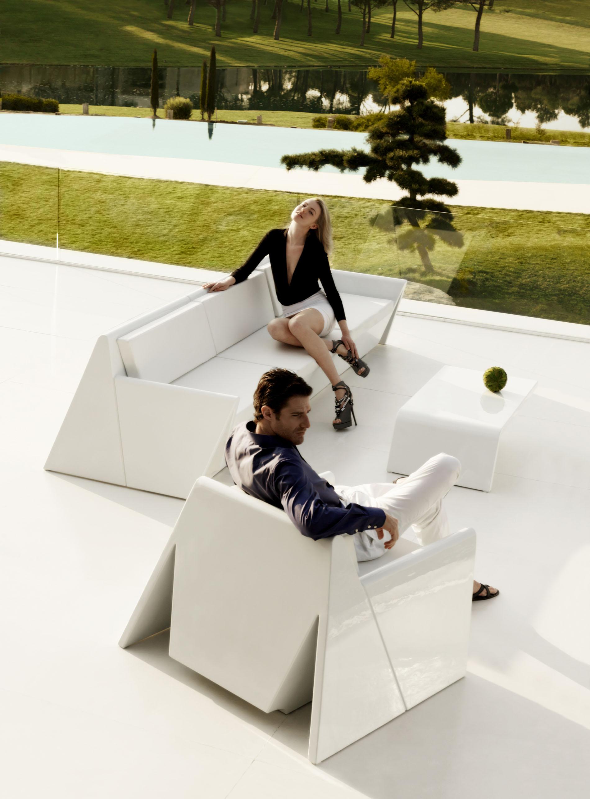 Vondom muebles espectaculares de dise o para exterior - Rafael llamazares arquitecto ...