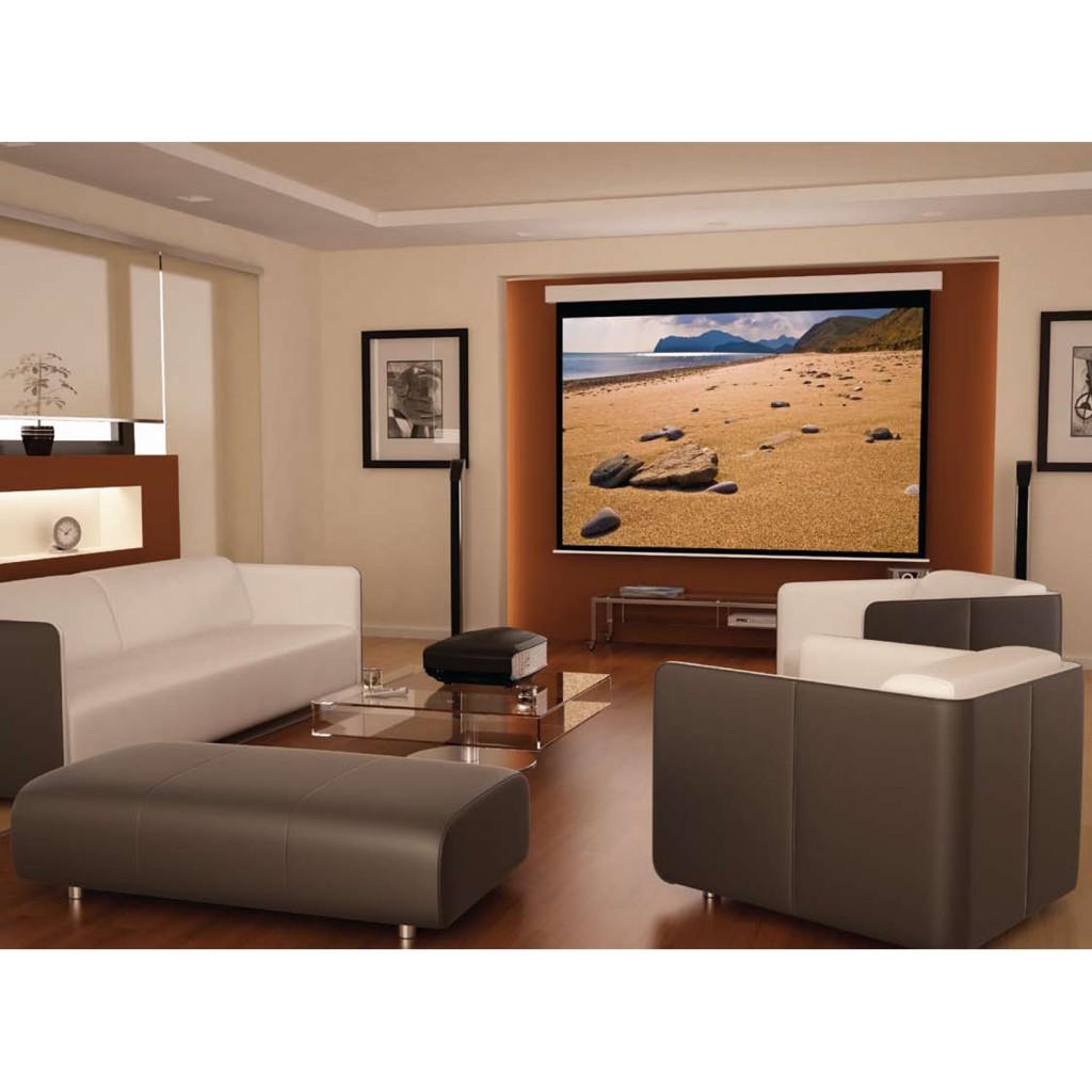 Proyector de cine en casa con pantalla eléctrica