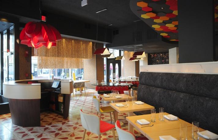Lámpara Agatha Luzifer en restaurante Jaleo de Washington