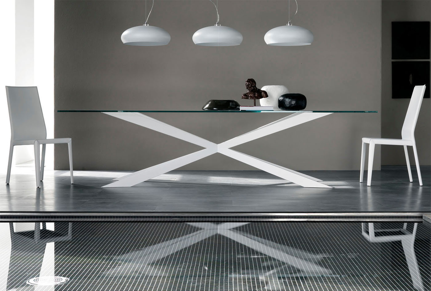 Muebles de dise o en 2012 vuelve la madera for Mesas salon plegables diseno
