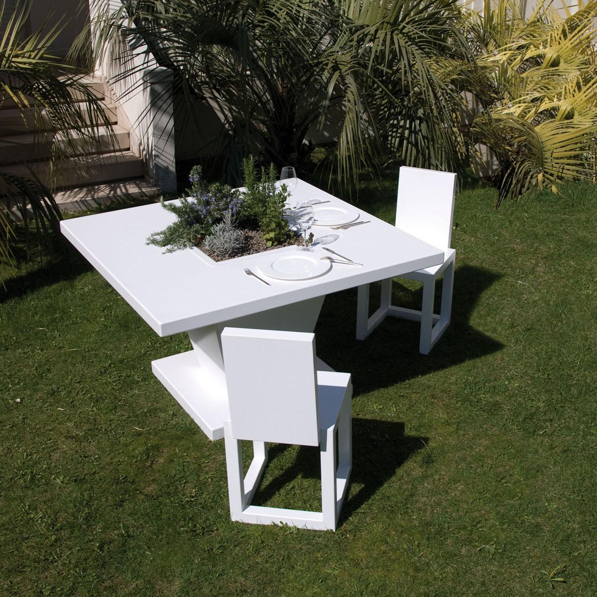 Mesas de comedor con maceteros o jardineras for Mesas de comedor grandes