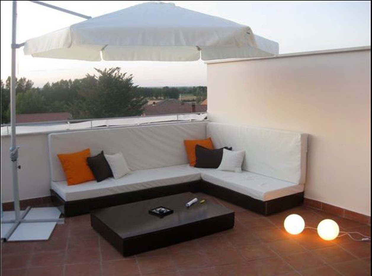 Terraza pequea chill out bb lounge bar local reformado for Terraza chill out