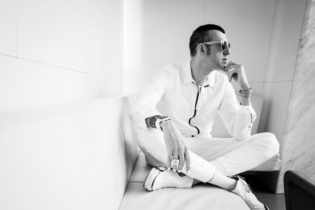Karim Rashid, leyenda, presente y futuro del diseño contemporáneo, en entrevista exclusiva con OcioHogar
